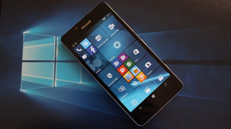 Microsoft Release Windows 10 Mobile Next Month