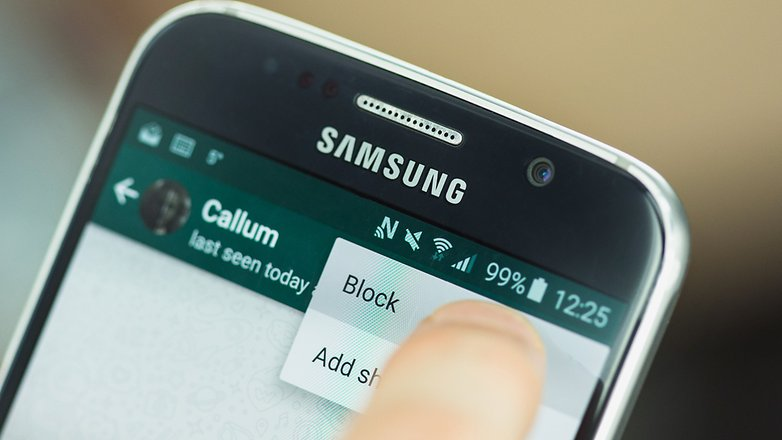 block contacts in WhatsApp - silicon valley