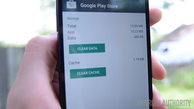 Difference Between clear app cache and clear app data